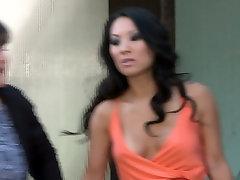 Insatiable asian porn star bangladeshi xxxx vedoi Akira sucks and gets her cunt eaten