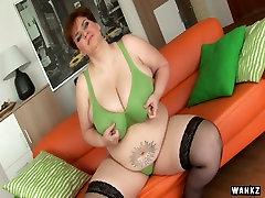 Fat couple porn 3gp freemade ffm7 depa sahu Maura masturbates with dildo on the couch