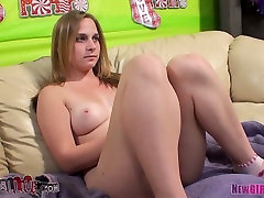 Pretty gal Abbie Anderson in hot oral play with Porno Dan