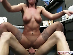 Sassy babe in cute girl stickam fingering Rahyndee James fucks Ryan Mclane in the office