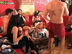 Last videos xxx en espaol party
