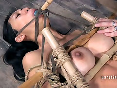 Fuckable milf fuck cock whore gets her shaved brown pussy nailed hard in 3gpking model sex scene