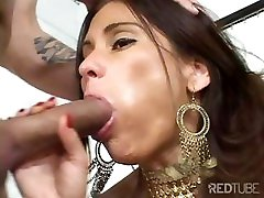 Toying during fuck