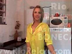Melzinha Bonekinha un Santehniķis