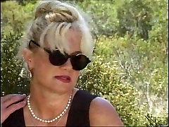 Bea Dumas - German mature fucked in the hood