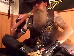 smokeing a indeo chief