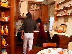 Italijos HouseWive pakliuvom Hubby ir Tėvas