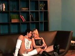 समलैंगिक का blow job on web cam पर-क्लब