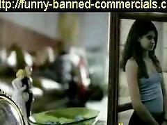 Zakázal reklamu na ochucené kondomy