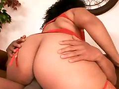 BBW milf gangbang crempie GF riding and sucking her Black BF&039;s cock-2