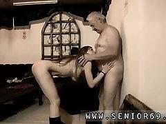 Briti gangbang noor ja vana naine avaliku Kuid Bruc