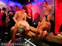 Sexy italian kucakta ayakta movietures first time The vampire bang feas