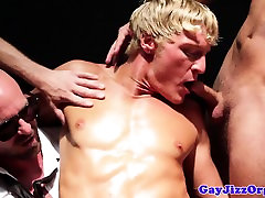 Muscular gay hunk fucked by his four friends