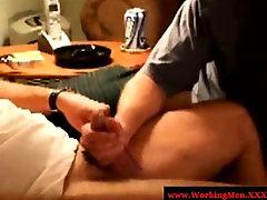 Gaystraight morrocan house wife sucking hard pole