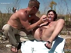 Hairy mature slut gets her pussy fucked