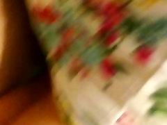 punapea naise seljas kukk kuigi im out