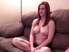 mom and son ciassic model amelia rose is ready to suck cock