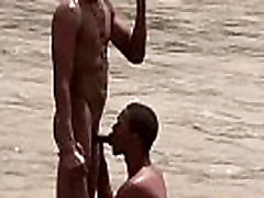 Studly Latin pollas largas get a boner after a skinny dip