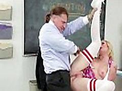 Tērpts pornstar rimmed