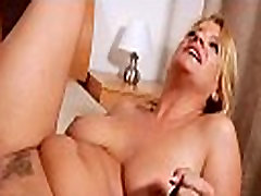 Mamma receives her anal creampied
