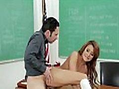 Vidusskolas pusaudžu pornstar