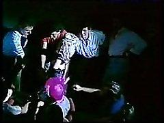 Ilona Staller Cicciolina - Muscolo Rosso videoclip