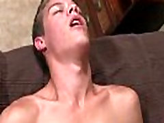Young male sex gay porn He works that chisel expertly, deep-throating
