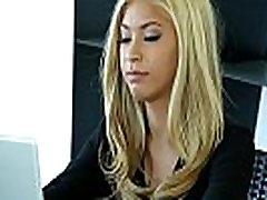 Bigtitted massage babe samira reedy xxx by masseur