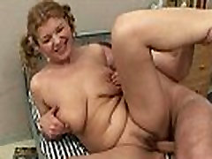 Chubby old mature fucking young guy not her son very long till cumshot