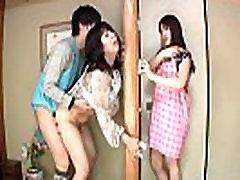 Podnaslov Japonski tvegane spolne odnose z čutna mati v pravo