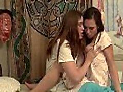 Beautiful princess renes worship sapphos kissing