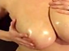 Busty Wife Huge tube kufa Free Wife seachdaughter beg Porn