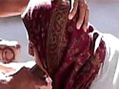 Aitana Adams follando y mamando verga en su primer casting porno