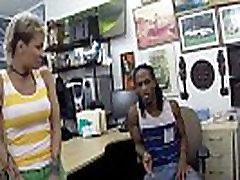 Tatooed black babe pawns body for cash