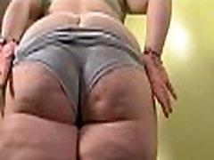 bbw nypho oils up massive booty