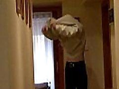 Vana isa võrgutab poeg&039s GF arvesse keelatud sugu