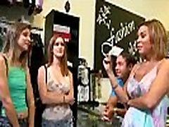 Daug Pinigų Horny Girl Susitarė Dėl Sekso Juostos mov-21