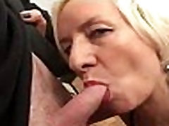 Very hot vlxx kich duc fucks with schoolmate on webcam - more videos on FREESEXCHAT.COM