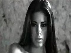 Aīda Yespica Posando Desnuda