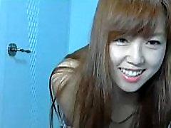Skinny girls rep in home Webcam - newartcamgirls.com
