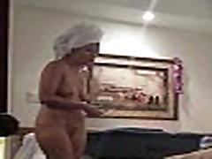 Pats karšto žmoną, nuogas viešbučio kambaryje