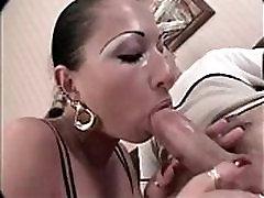 Isabella užitke petelin z dolgimi nohti in dolg jezik