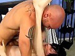 Cute condom usage tube shortinho socado7s The twink embarks to fumble with his pecker in