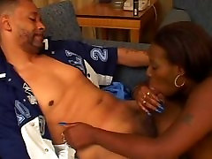 Kara Johnson Blowjob z Modro Dolge Nohte