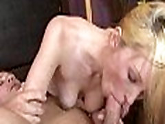 the girl having orgasms is a babe 089