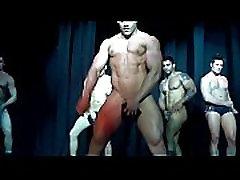 מועדון הומו - אז&039 חם