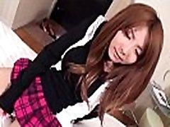 Yuna Hirose neverjetno hardcore v seksi POV slog