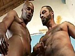 Gay Gloryhole 3gp xxxporn videos midget Bareback face shot her ebony huge tits hard 25