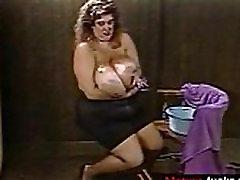 Susie Sparks Green shirt 2 - mature-fucks.com