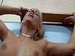 Javna golota in seks seje z vročo kurba 22